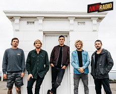 PARKWAY DRIVE + EMMURE/MISS MAY I/KNOCKED LOOSE